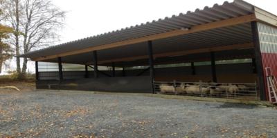 Nytt fårhus byggdes 2014